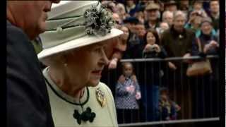 EUROPESE OMROEP | MyDigitalRealm | HM The Queen Views the Ballater Jubilee Cairn - September 2012 | 1348773050 2012-09-27T19:10:50+00:00