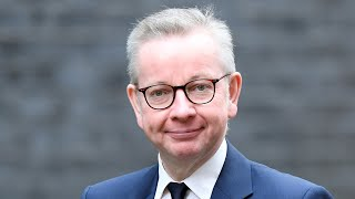 EUROPESE OMROEP | OPENN  | Hugging between family and friends to be 'restored' as lockdown eases, says Michael Gove