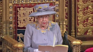 EUROPESE OMROEP | OPENN  | Queen carries out first major public engagement since Prince Philip's death at Parliament opening