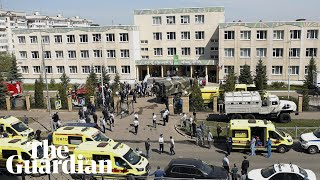 EUROPESE OMROEP | OPENN  | Kazan school shooting: students evacuated through windows