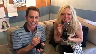 EUROPESE OMROEP | The Tony Awards | Tony Winners Ben Platt and Rachel Bay Jones Open Their Engraved Tony Awards | 1498066813 2017-06-21T17:40:13+00:00
