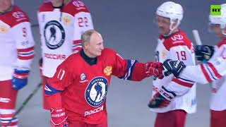 EUROPESE OMROEP | OPENN  | Putin takes part in Night Hockey League match