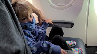 EUROPESE OMROEP | OPENN  | Family Kicked Off Plane Because of Son's Disability, Mom Says