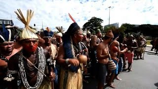 EUROPESE OMROEP | AFP news agency | Brazilian indigenous people march for rights and land protection | 1524778711 2018-04-26T21:38:31+00:00