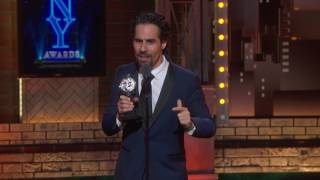 EUROPESE OMROEP | The Tony Awards | Acceptance Speech: Alex Lacamoire (2017) | 1497231354 2017-06-12T01:35:54+00:00