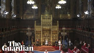 EUROPESE OMROEP | OPENN  | Queen opens parliament in scaled down ceremony
