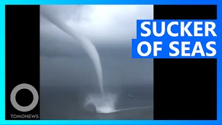 EUROPESE OMROEP OPENN Giant Spinning Waterspout Towers