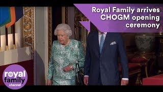 EUROPESE OMROEP | The Royal Family Channel | Royal Family arrives at the Official opening of Commonwealth Meeting at Buckingham Palace | 1524129255 2018-04-19T09:14:15+00:00