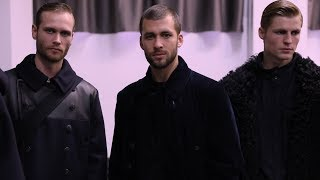 EUROPESE OMROEP | Armani | Giorgio Armani Men's Fall Winter 2018-19 Fashion Show - Backstage Video | 1516126074 2018-01-16T18:07:54+00:00