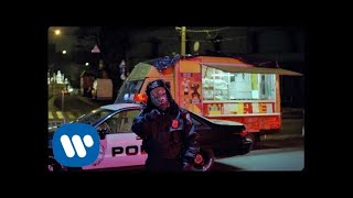 EUROPESE OMROEP | OPENN  | Coldplay - Trouble In Town (Official Video)