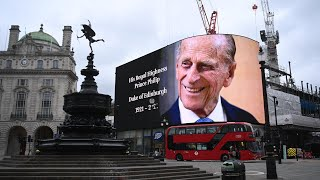 EUROPESE OMROEP OPENN London landmarks pay tribute to P