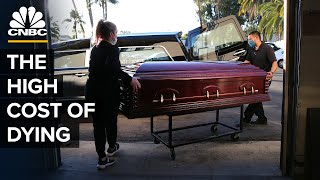 EUROPESE OMROEP   OPENN    Why Funerals Are So Expensive In The U.S.