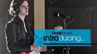 EUROPESE OMROEP | BBC Music | The Blinders - Gotta Get Through (BBC Music Introducing session) | 1524671996 2018-04-25T15:59:56+00:00