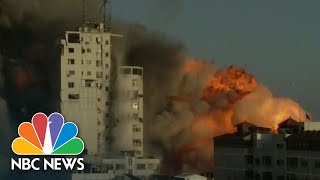 EUROPESE OMROEP | OPENN  | 14-story Building In Gaza Collapses After Israeli Airstrikes