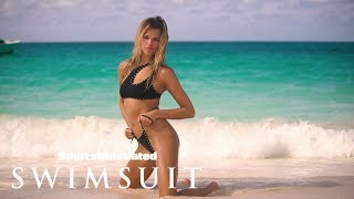 EUROPESE OMROEP OPENN Hailey Clauson Brings the Heat in