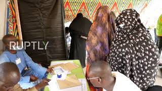 EUROPESE OMROEP OPENN Chad: Voters cast ballots in elec